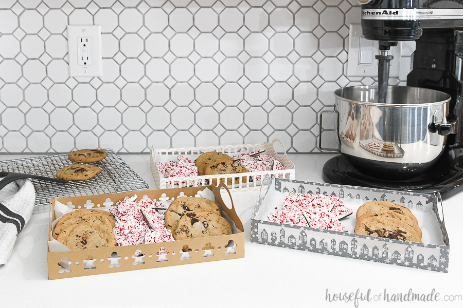 easy Christmas cookie trays set of 2 on counter